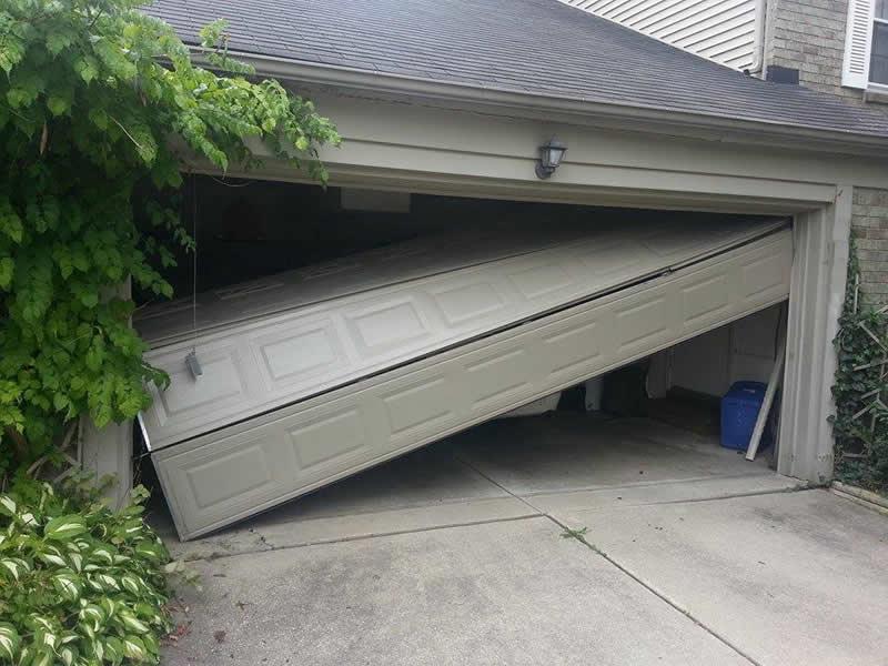 Michigan Garage Door Repair Services